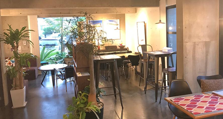 Cafe Bar J&S店舗内覧